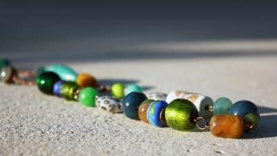 Acheter des bijoux avec des pierres naturelles