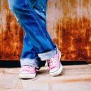 Les jeans à la mode débarquent dans votre dressing